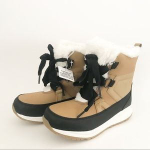 2/$20 New Cat & Jack Brown & Black Snow Boots 3